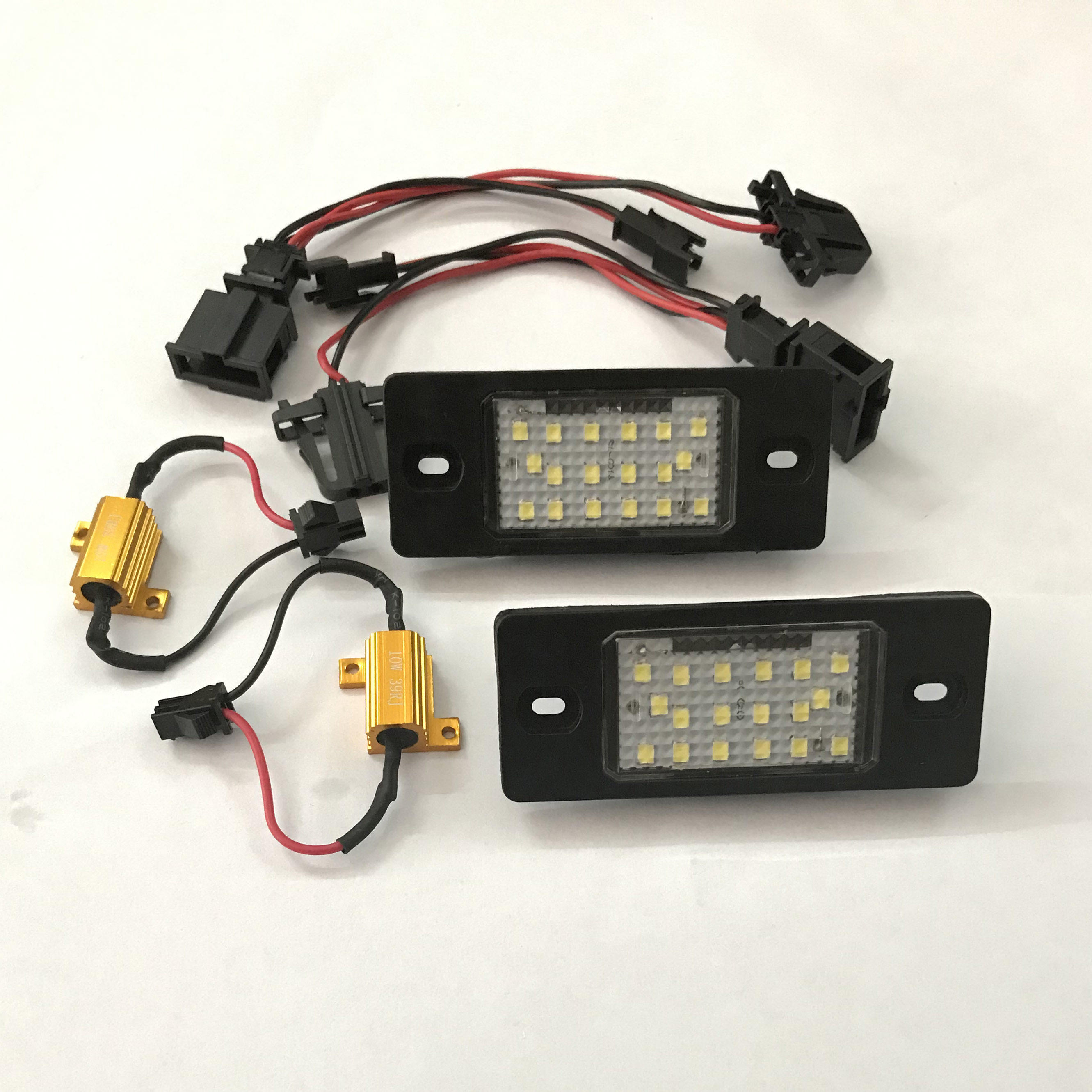 Auto Spare canbus Parts 18SMD LED License Plate Light Lamp For PORSCHE Cayenne s/VW Touareg