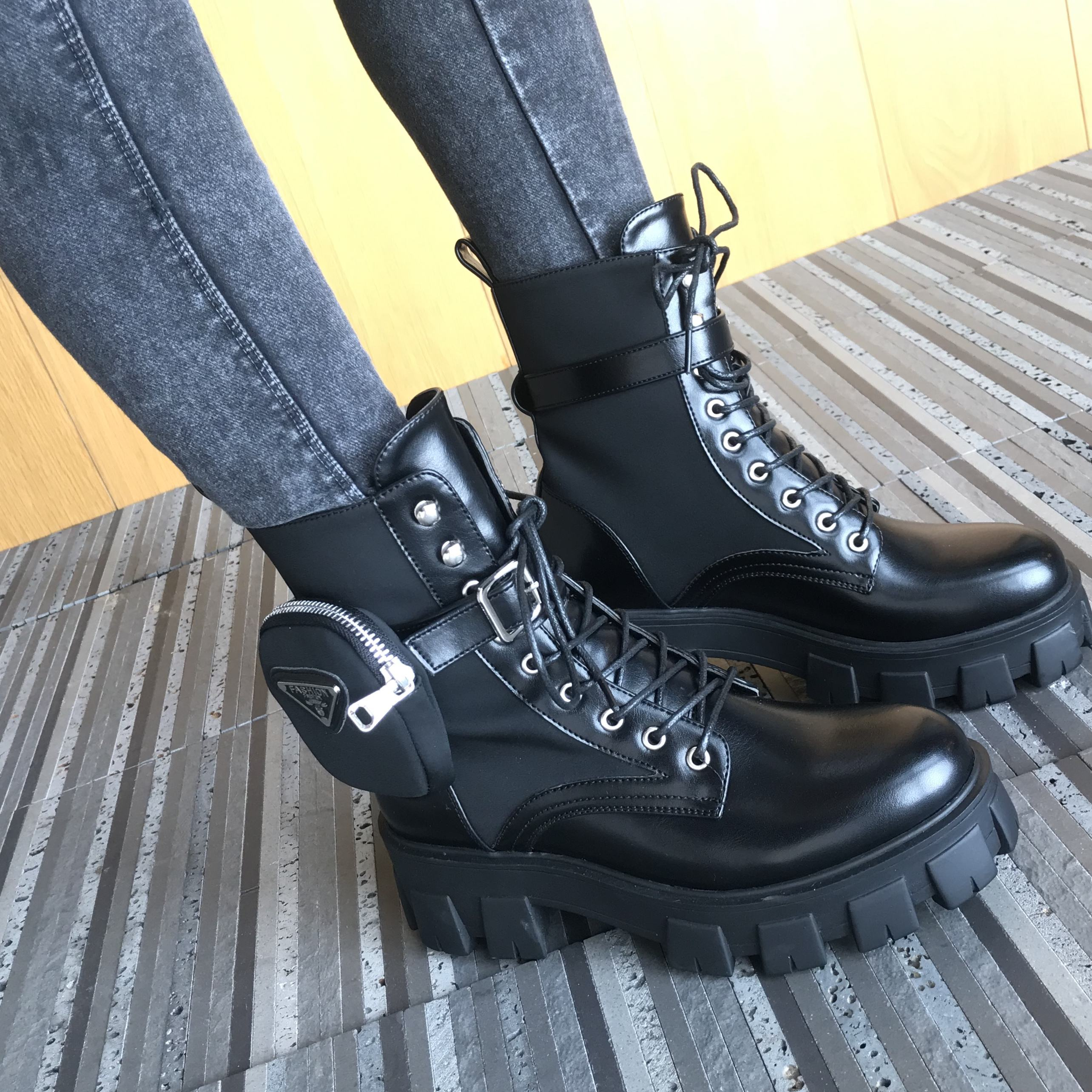 2020 new design fashion boots with pocket lace up mid calf women boots popular female shoes