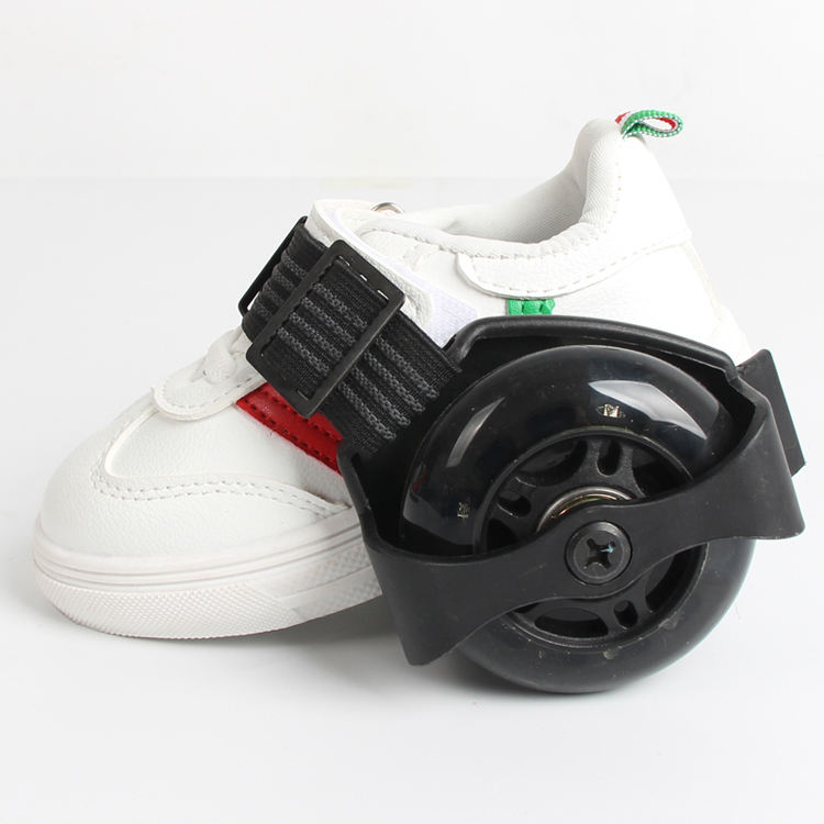 Max loading 45 KG adjustable flashing roller skate shoe two wheels