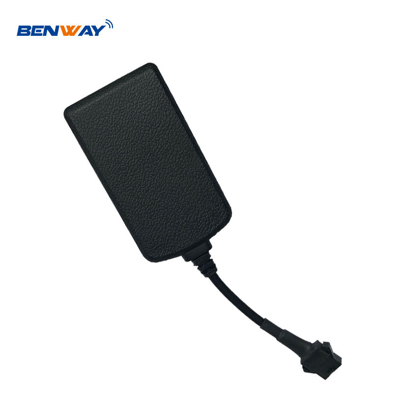 Waterproof ET300 Vehicle GPS Tracker GPS/GPRS/ car tracker for car tracking solution with engine shut off ACC detection