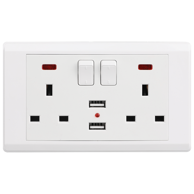 VGT Double White 13A 220v UK Power Socket with USB