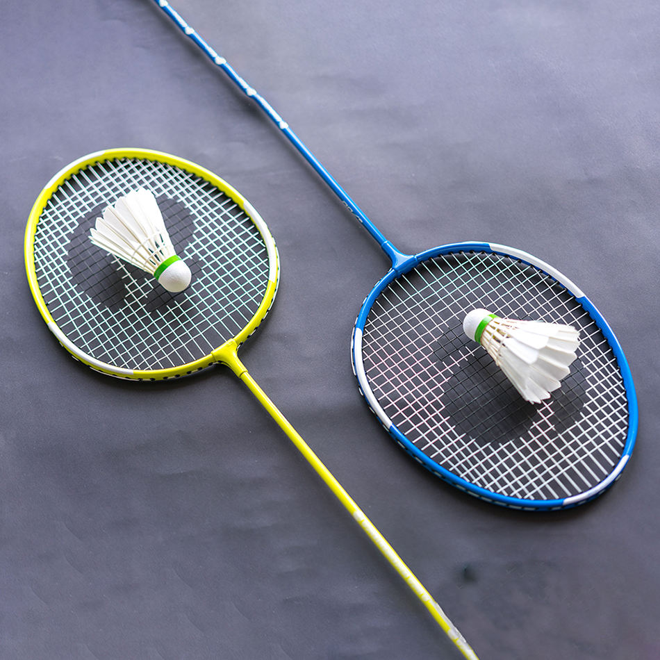 High grade low price grip racket badminton,children badminton racket colors available