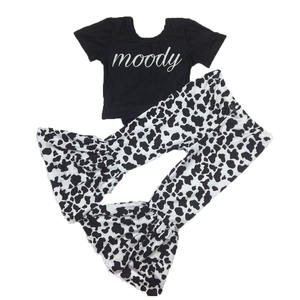Baby Girls Short Sleeve T Shirt With Cow Print Bell Bottom Pants Two Piece Outfits Kids Boutique Outfits Wholesale