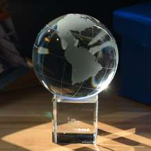 Crystal Glass World Globe Paperweight Personalized Crystal Glass Ball Gift For Husband