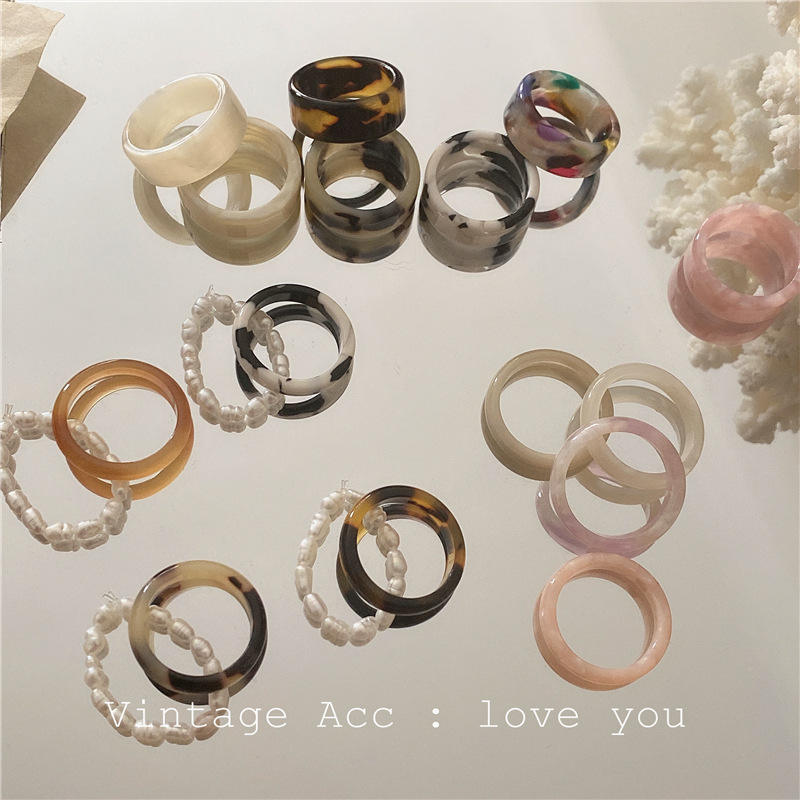 New 3PCS Vintage Colorful Acetate Resin Pearl Ring Sweet Temperament Round Resin Acrylic Rings Set for Women Girls