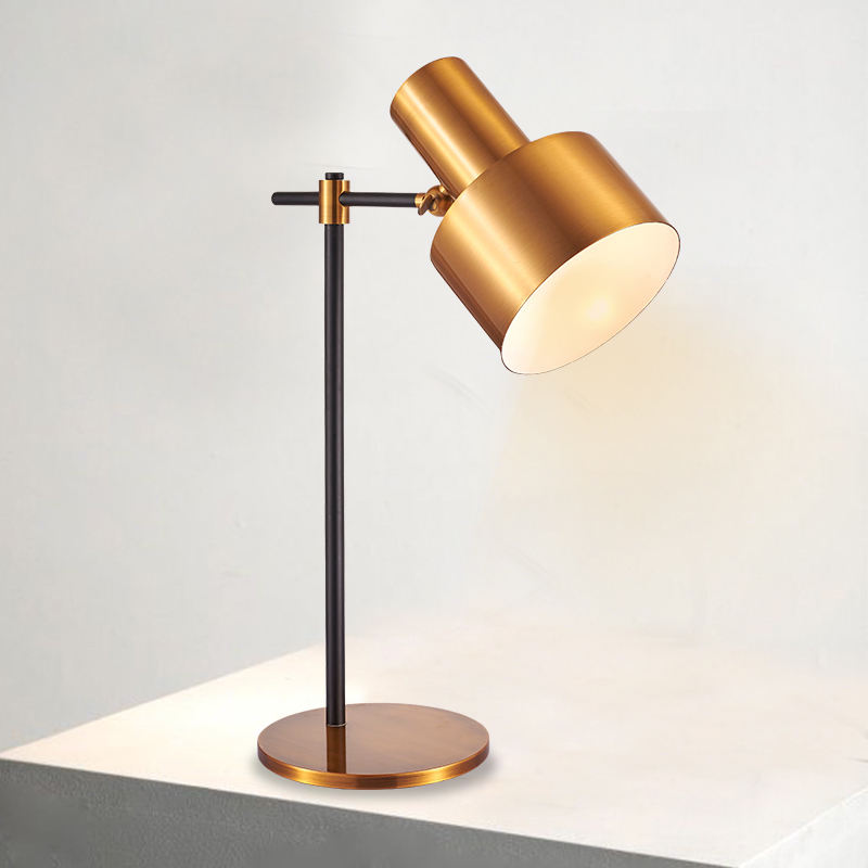 Golden color simple style E27 lamp hoder iron table lamp for desk lighting