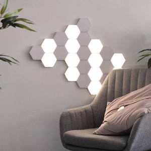 2020 NEW Magnetic Hexagons Creative LED wall light Quantum Honeycomb light with Hand Touch decorative wall light
