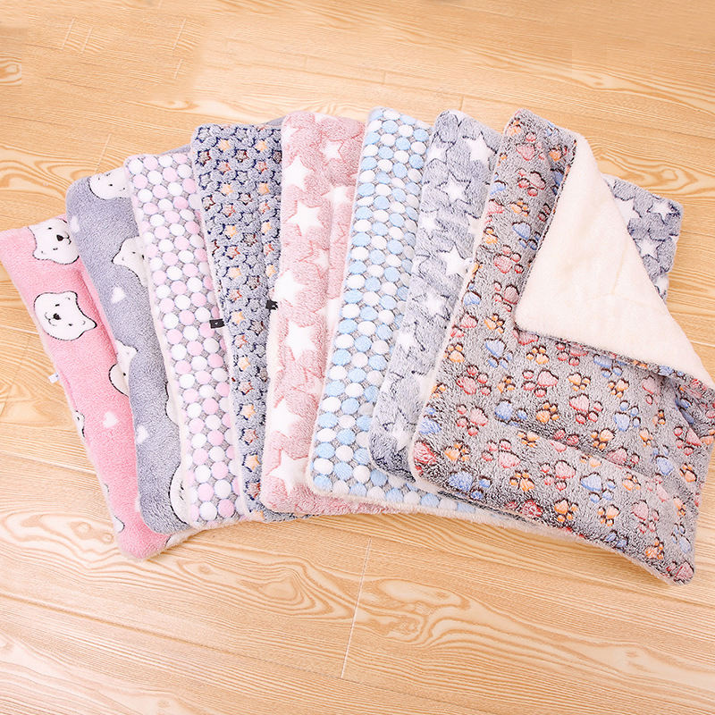 Wholesale Comfortable Various Pattern Multicolor Winter Super Soft Pet Warm Fleece Dog Bed