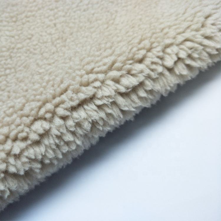Wholesale fashion Iceland cashmere 100 polyester Knitting lamb wool fabric