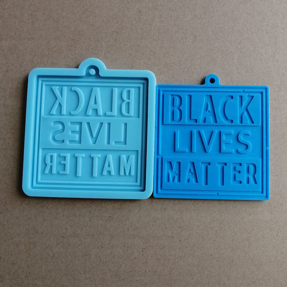 617020 square BLACK LIVES MATTER silicone keychain mold