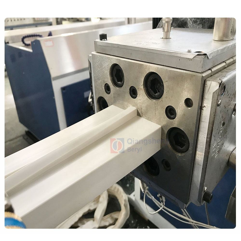2019 export to Thailand equipment pvc window making machine