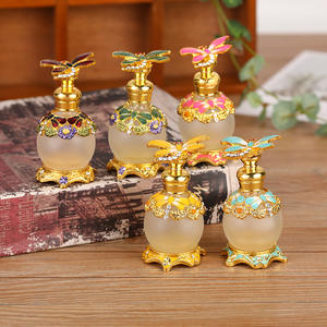 Creative new 10ml high-end flat perfume bottle, Middle East Dubai special luxury metal crystal essential oil bottle