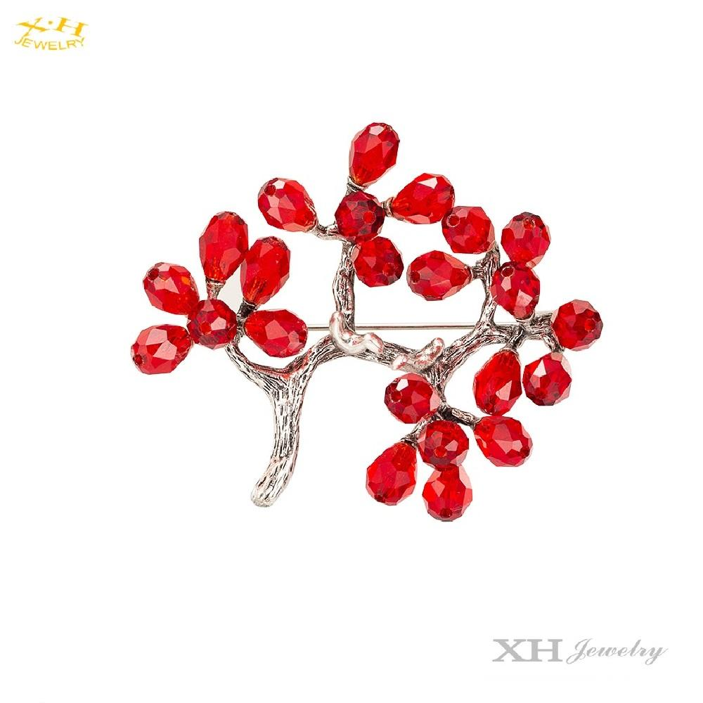 Elegant Brass Pin Brooch Plum Blossom Red Crystal Flower Brooch For Women Girls Wedding Christmas Party Jewelry
