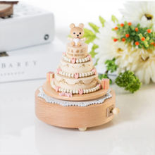 Skillful manufacture custom song wind up music box wooden birthday music box