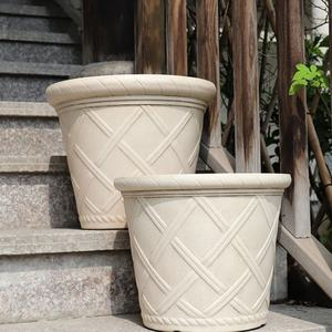 Wholesale Big Outdoor Large Garden Round Wholesale Plastic Plant Pots Planters Modern Flower Pots