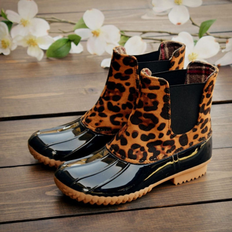 Custom the rain boot leopard women waterproof rubber PVC rain boot stylish safety shoes cheetah boot for women