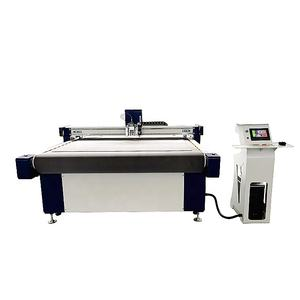 CNC Digital Cutting Berosilasi Pisau Flatbed Cutter Plotter dengan Spindle untuk Papan KT Kulit PVC Cutting