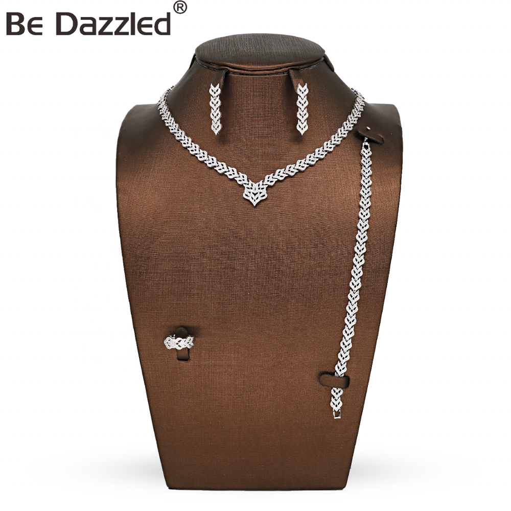 Bedazzled Arabic V Necklaces Fashion Bridal Wedding Accessory Copper Silver Plated Luxury Wedding Jewelry Set