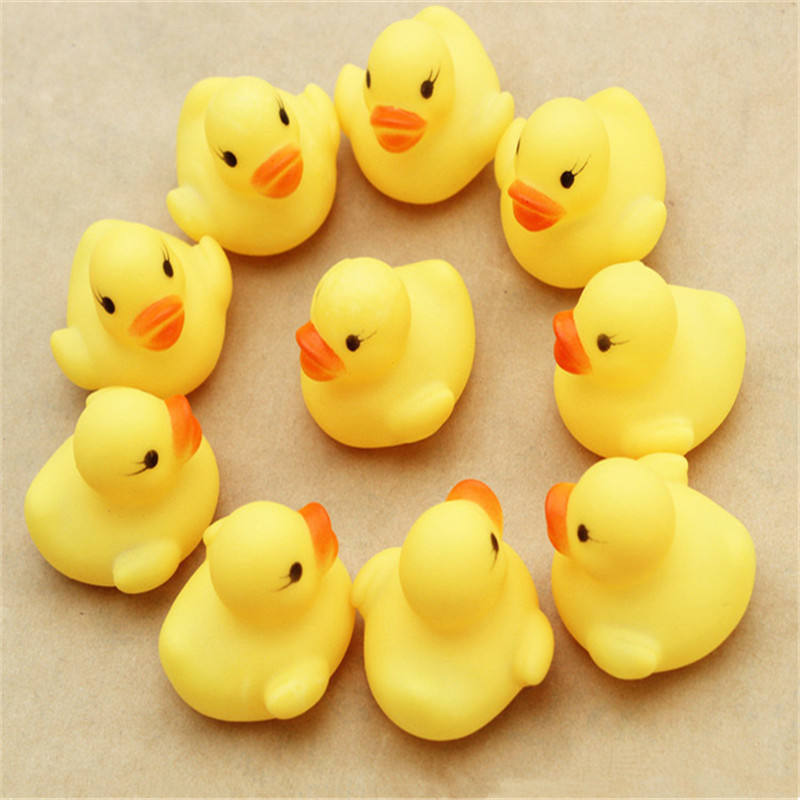 4*4*3.1cm Mini Yellow Rubber duck PVC Bath toy Sound Floating Ducks Children Swimming Beach Gifts