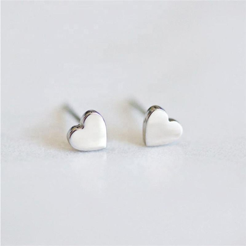 Tiny Cute Female 316L Stainless Steel Heart Stud Earrings for Women 2021