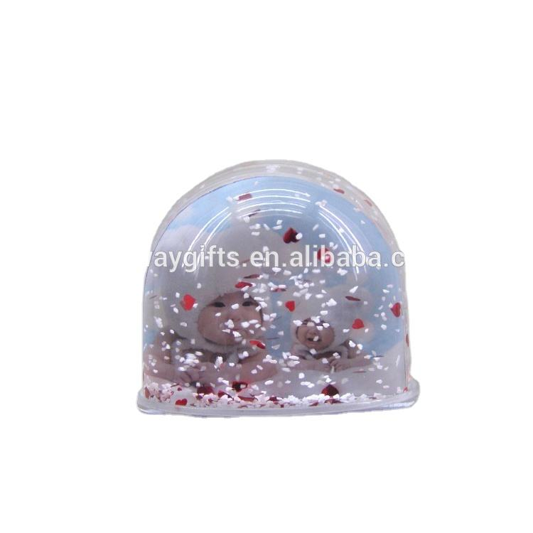 New Trend Plastic Empty Photo Frame Water Ball Snow Globe For Home Decorations Souvenir