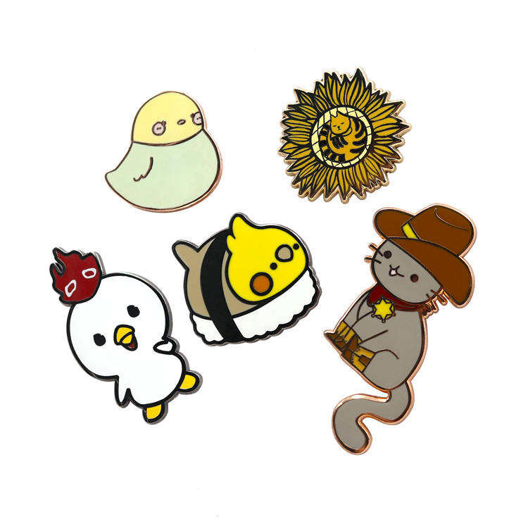 Good Quality Bulk Cute Custom Gold Plated Hard Enamel Pin Metal Lapel Pin For Souvenir