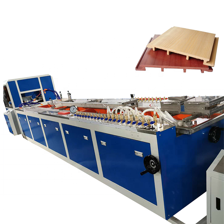 PVC <span class=keywords><strong>WPC</strong></span> reling hout kunststof profiel board panel productie plant/Plastic Houten vangrail board Panel sheet making Machine