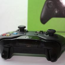 HOT !!!For Xbox one  Controller  (Original and refurbished)