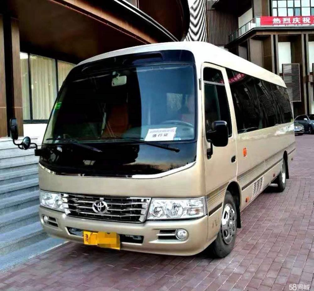 2010 2.7 liter manual used cheap bus car Toyota Coaster 17 seats