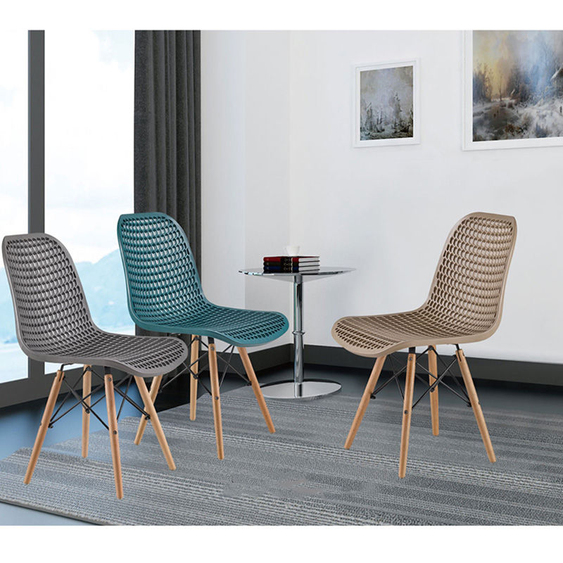 Italian fashionable dining room furniture unique relax dining chair with wood legs