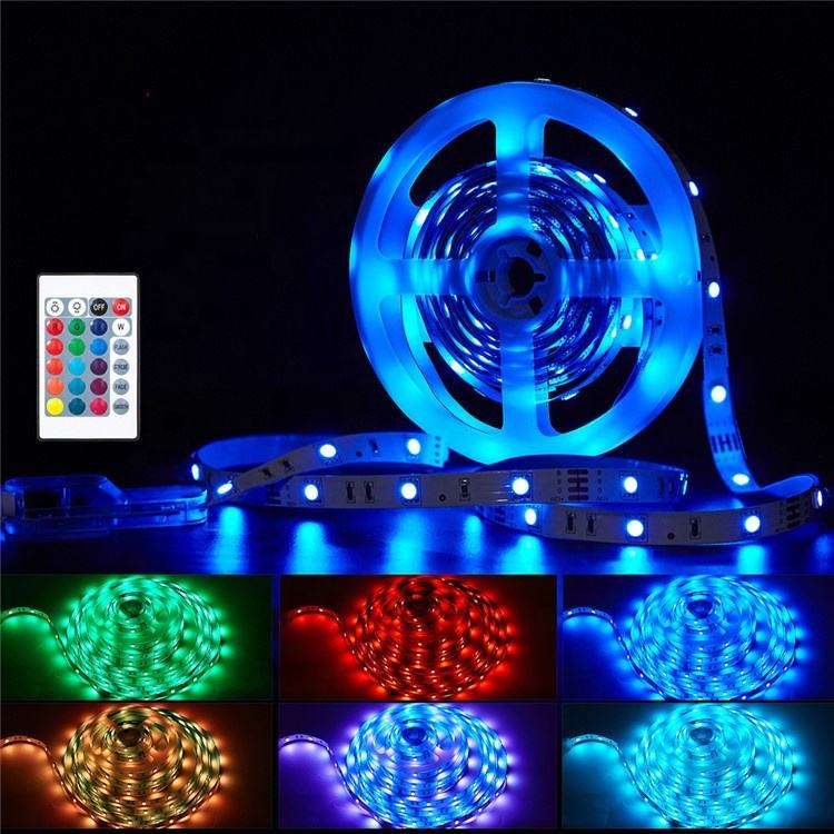 CE RoHS RGB LED Strips Kit IP65 Waterproofing 12V 5050 RGB Flex Ribbon Colorful Ribbon LightためHome Party Decoration