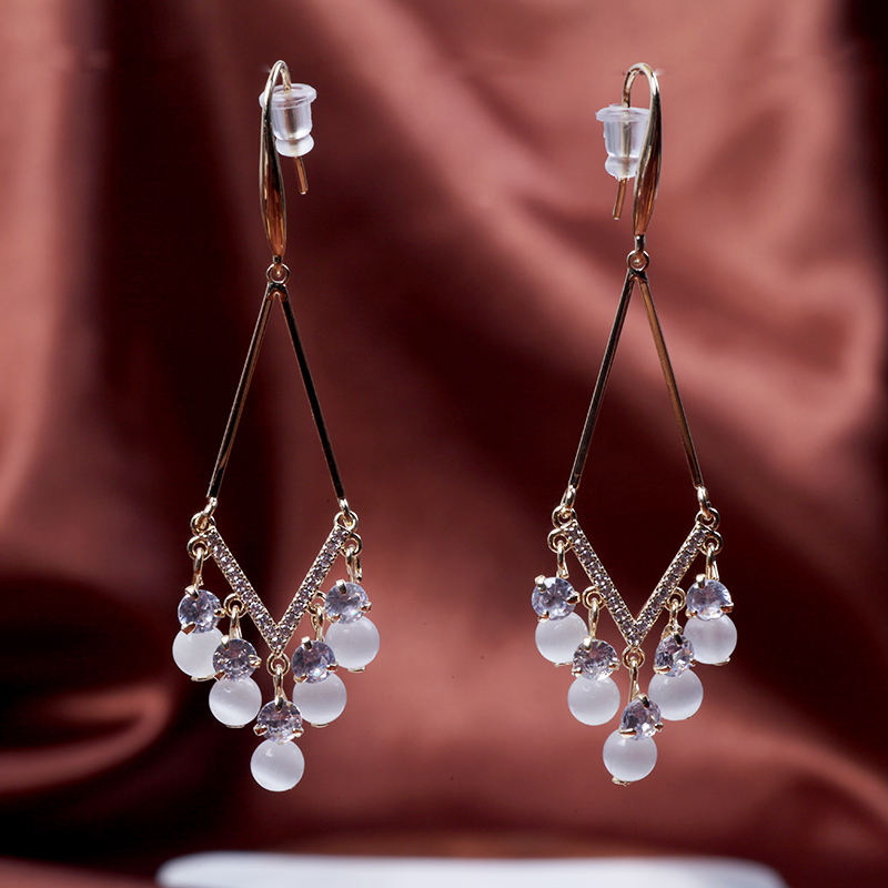 Temperament Design Sense Silver Needle Female Minority Light Luxury Jewelry Earring