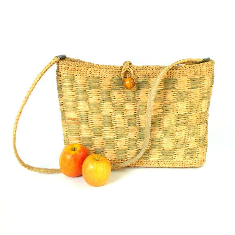 Straw basket bag vintage