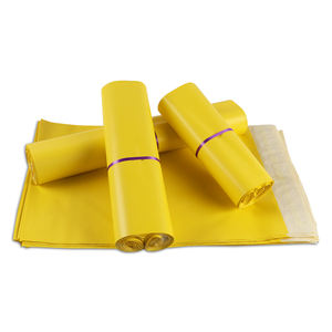 Fast dispatch 100 MOQ manufacturer supply waterproof yellow plastic shipping envelopes mailing polymailers post courier bags