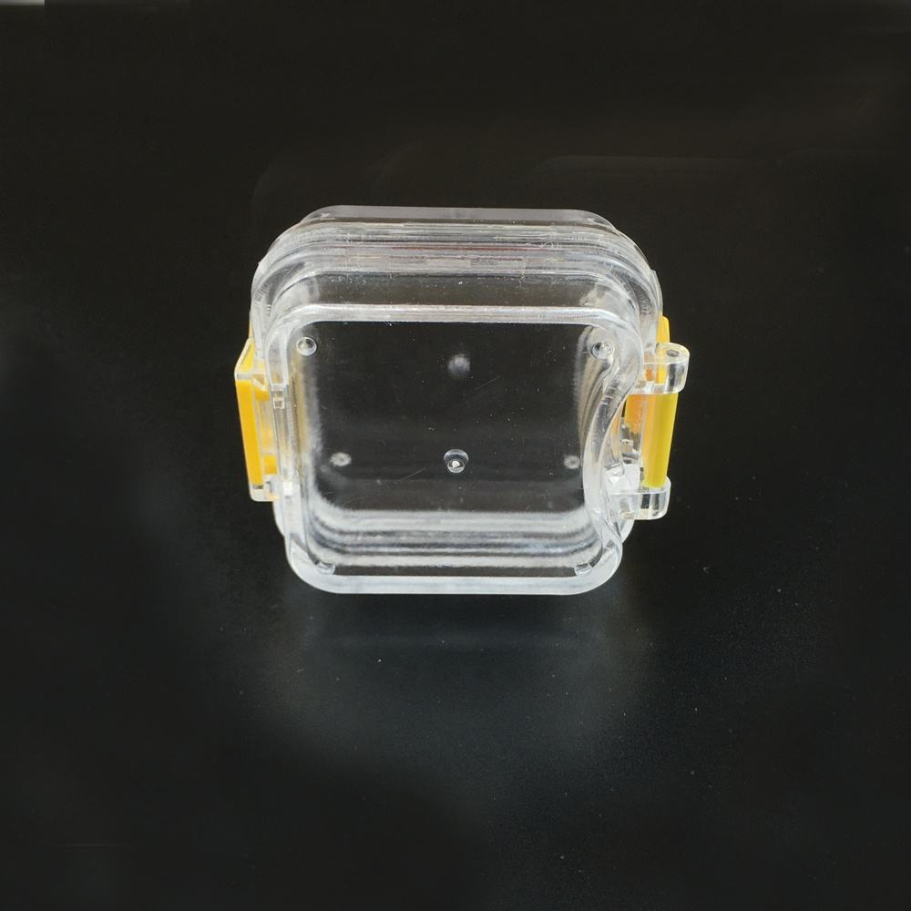 Clear plastic dental denture box with membrane