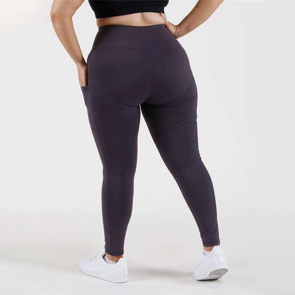Athletic apparel manufacturers running wear plus suze workout clothes leggings