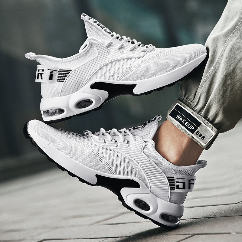 Ultralight Sneakers Men Cushion Breathable Running Shoes Flying Woven Tide Shock Absorption Wild men fashion Trainer sneakers