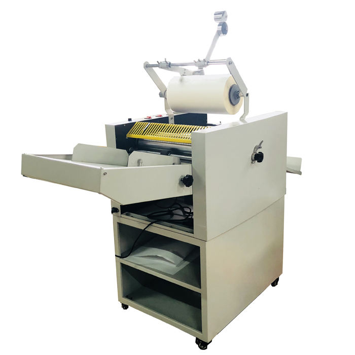 SG-390E Automatic Digital Roll To Roll Laminating Machine with auto cutting sheet function