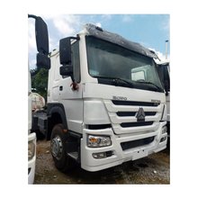Low Price Used Truck SINOTRUK HOWO 375hp 6x4 Tractor Year 2013