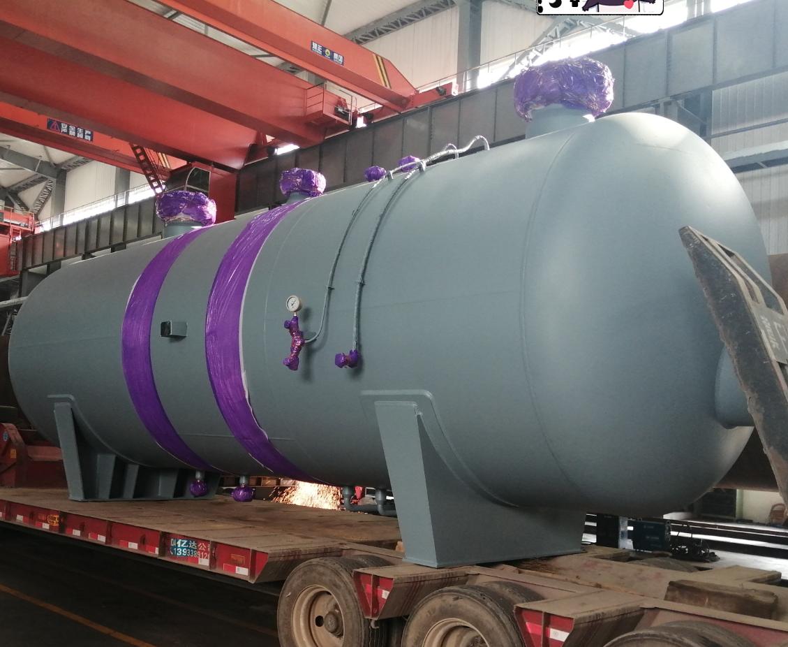 MRC outlet separator reaction vessel vertical vessels pressure vessels