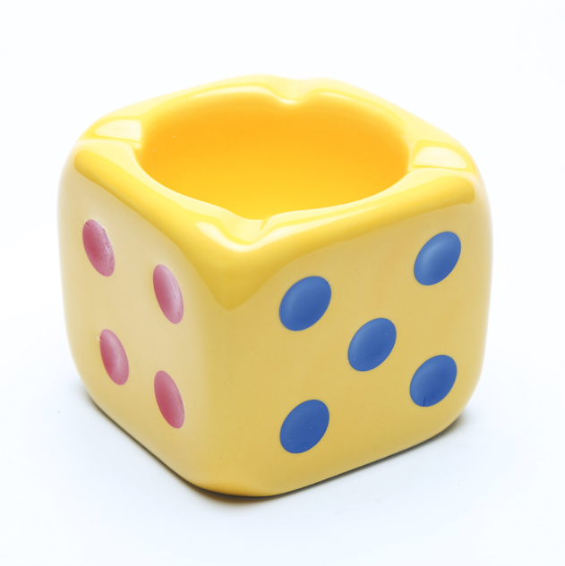 Ceramic six-color dice creative European style ashtray for hotel,office