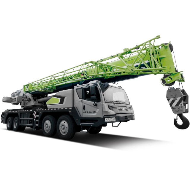 12 Ton Mobile Truck Crane With Strong Arm And Firm Chassis Truck Crane