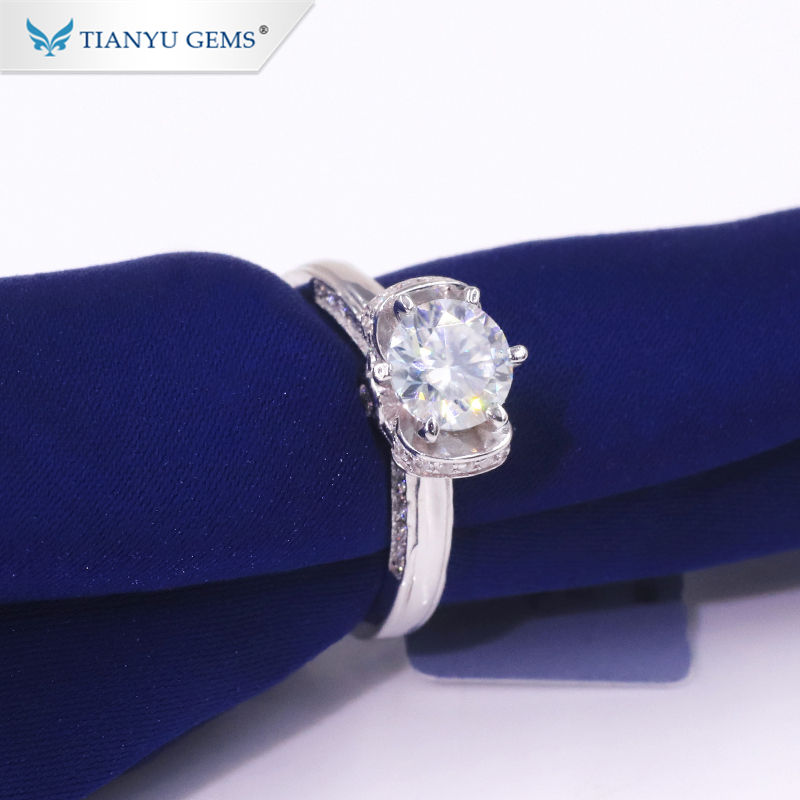 Tianyu newest cheap moissanite ring 18k white gold plated 925 silver 1.0 carat diamond moissanite rings