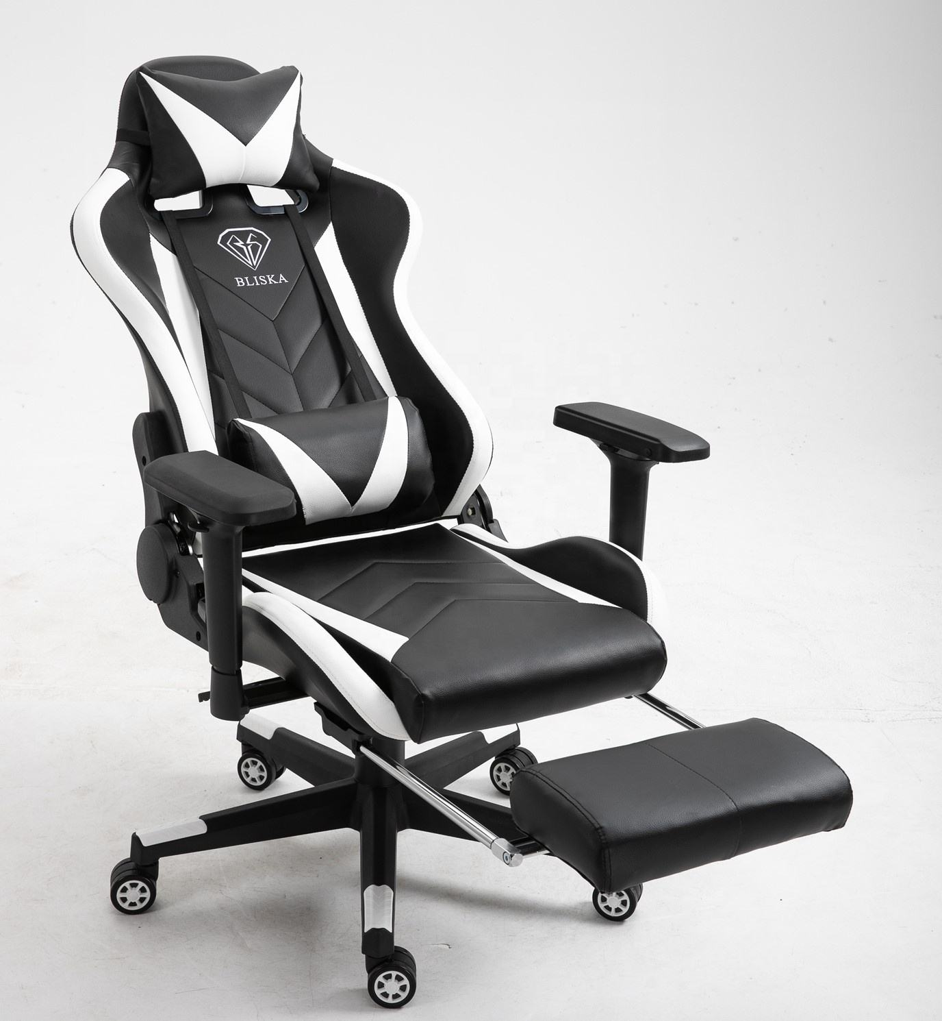 Working Studying and Gaming Racing Chair Reclining Seat Mute 360 Degree Revolving Chair with Footrest