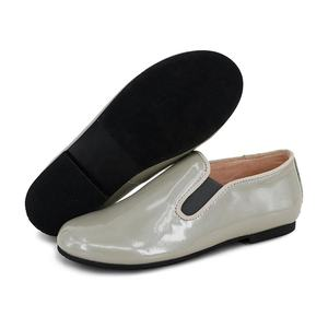 2020 Spring New Design Fashion Light Grey Patent Leather Kids Loafers for Boys