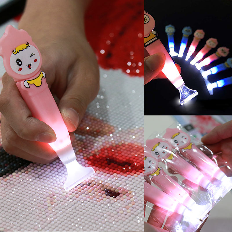 Wholesale LED luminous point drill pen diamond painting accessories