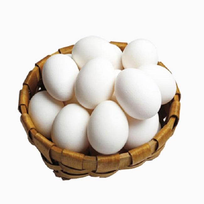 Table eggs in white