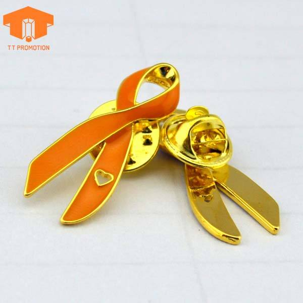 Free Sample Cheap Wholesale Custom Die Cast Film Video Metal Enamel Brooch Pin Badge