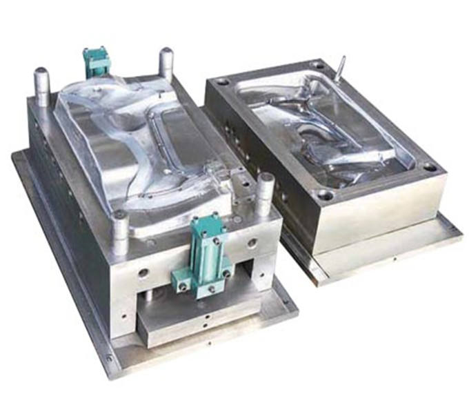 professional making an injection mold