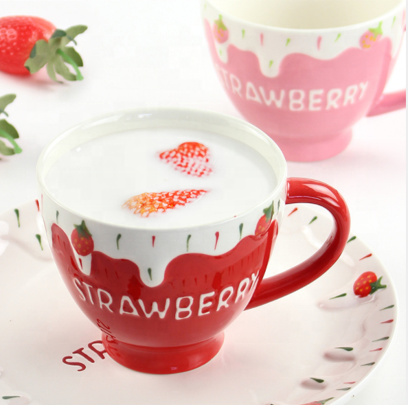 Strawberry Creative Breakfast Cup Under Glaze Embossed Oatmeal Ceramic Cup